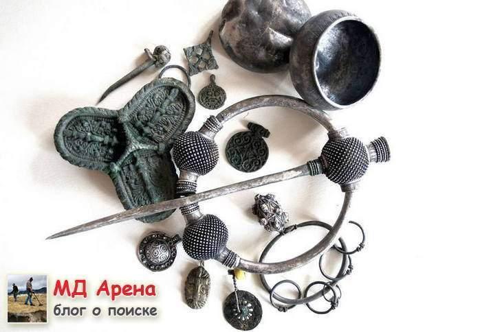 klad-vikingov-kak-arxeologi-vynimayut-naxodki-celymi-12