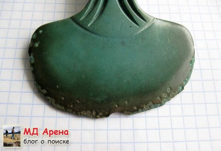 bronzovyj-topor-16-14-vek-do-n-e-07