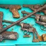 Находка тайник пистолетов. Что смотреть копателю