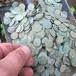 Полная лопата монет. И такое бывает на копе